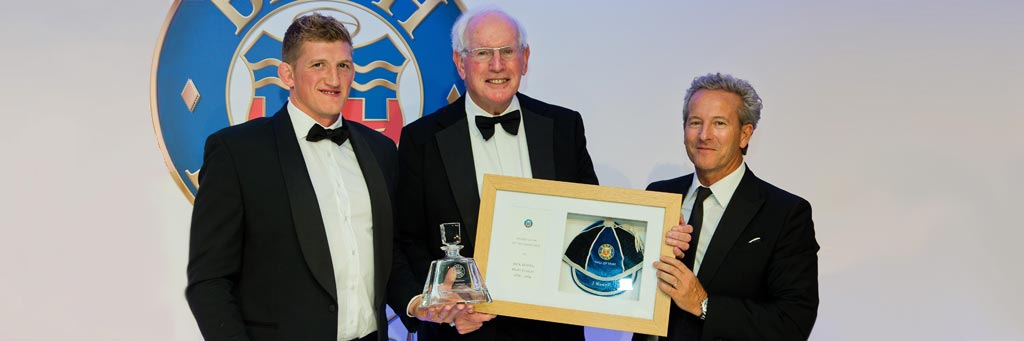Jack Rowell is inducted into Bath RFC Hall of Fame with a William Porter Cap